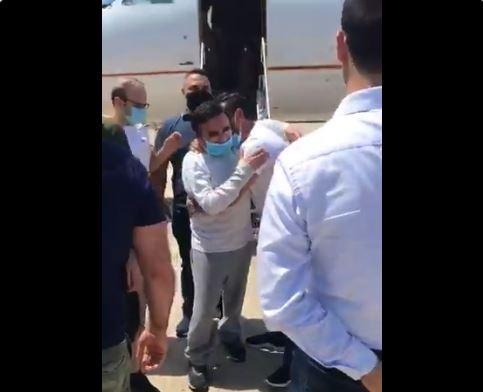 وصول قاسم تاج الدين إلى بيروت... وعائلته تعلّق على عودته